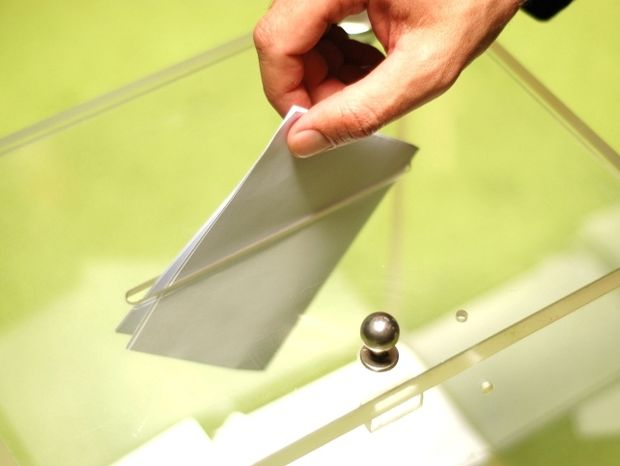 Εκλογές-Οι χρησμοί για ΠΑΣΟΚ και ΝΔ