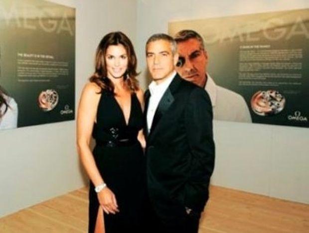 Cindy Crawford: Βρέθηκε στο κρεβάτι με τον George Clooney!