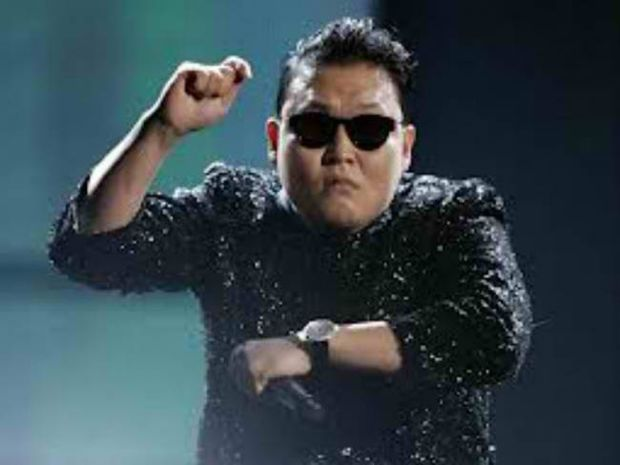 Ο Αλιάγας έβαλε τον Psy να χορέψει συρτάκι!