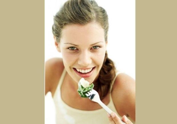 Φάτε τα άφοβα: 15 σνακ κάτω των 100 θερμίδων!