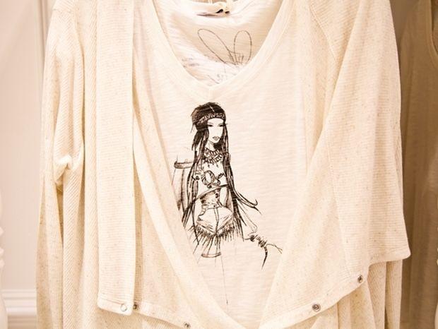 Το T-shirt του Queen.gr κυκλοφορεί στα καταστήματα από την Regalinas