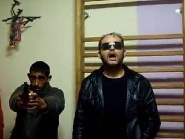 Πρωτοφανές βίντεο: Τσιγγάνοι απειλούν τη Χρυσή Αυγή με αντίποινα