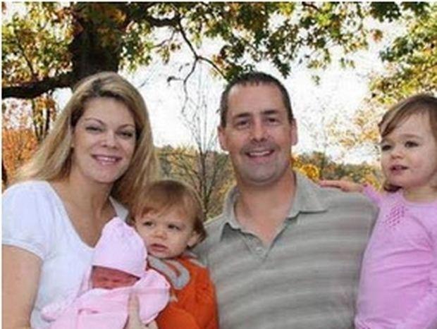 Σας φαίνεται μια φυσιολογική οικογένεια; Κι όμως έχει κάτι πολύ περίεργο!