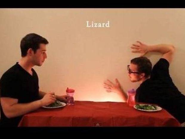 Πώς τρώνε τα ζώα; To βίντεο που προκάλεσε χαμό στο Facebook