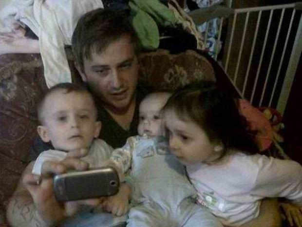 ΦΡΙΚΗ: Έγκυος ανέβασε υπερηχογράφημα στο Facebook και αυτοκτόνησε