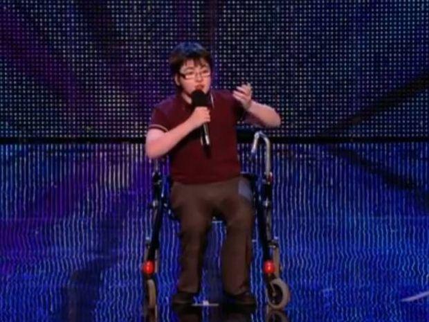 Βίντεο: Ο 14χρονος που συγκλόνισε την Αγγλία