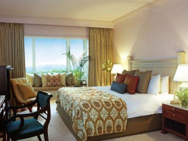 Δείτε πώς να καταλάβετε τις κρυφές κάμερες σε ξενοδοχεία