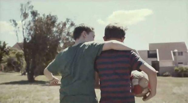 Ένα βίντεο που επιφυλάσσει εκπλήξεις… και συγκινεί