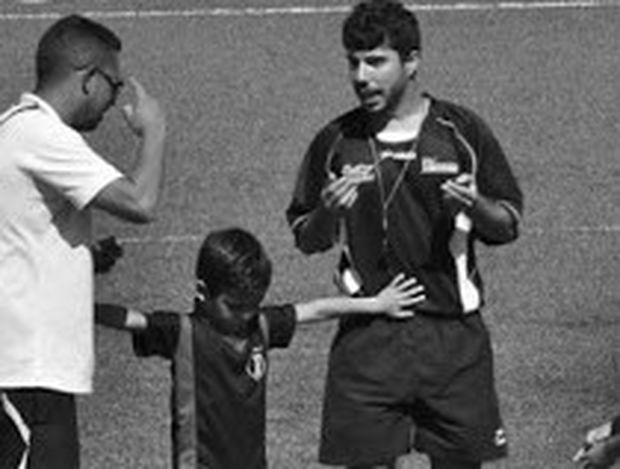 Εικόνα που κάνει το γύρο του κόσμου – 5χρονος μαθαίνει στους ενήλικες τι σημαίνει fair play