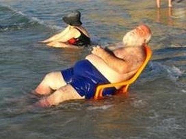ΔΕΙΤΕ: Όσα συναντάτε σε μία παραλία!