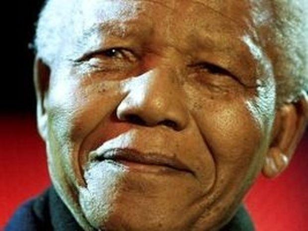 «Προσευχόμαστε για το Νέλσον Μαντέλα»
