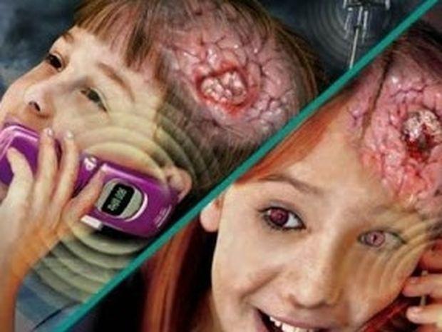 Οι δημιουργικοί άνθρωποι κρατούν το κινητό στο αριστερό αυτί