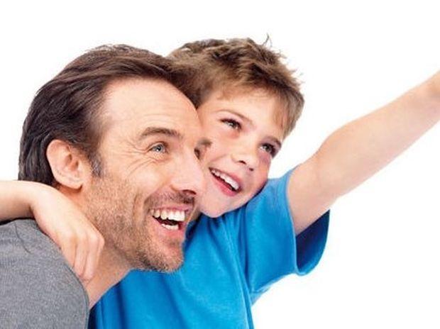 ΣΥΓΚΛΟΝΙΣΤΙΚΟ: Τι ζήτησε ο γιος από τον πατέρα του...
