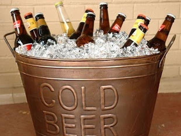 Πώς να παγώσετε σε 3 μόλις λεπτά τις ζεστές μπύρες και αναψυκτικά!