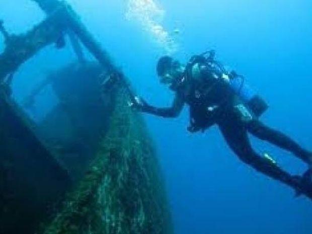 Απίστευτο: Δείτε τι βρίσκουν βατραχάνθρωποι στις ελληνικές θάλασσες