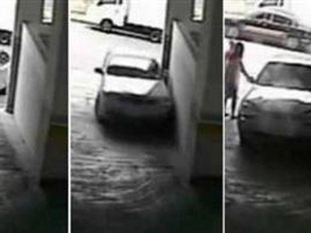 VIDEO: Γυναίκα οδηγός καταστρέφει αυτοκίνητο σε ενάμιση λεπτό!