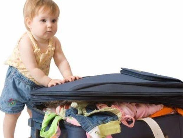 Όσα πρέπει να έχει η βαλίτσα του μωρού μου στις πρώτες διακοπές του