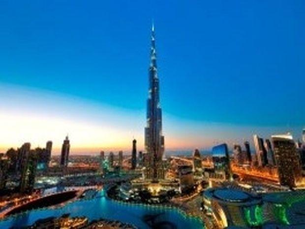 VIDEO: Μια εντυπωσιακή βόλτα στο Ντουμπάι σε 4 μόλις λεπτά!