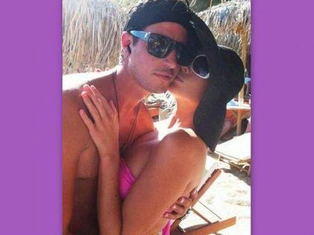 Αλεξανδράτου-Καρποζήλος: Νέες φωτογραφίες από το γαμήλιο ταξίδι τους