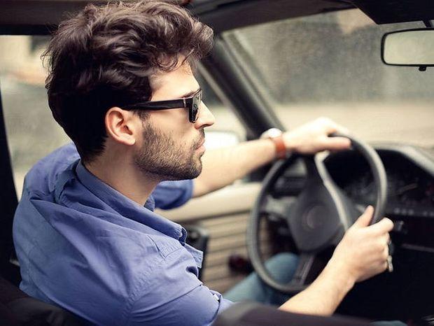 Τι αυτοκίνητο οδηγούν όσοι είναι άπιστοι;