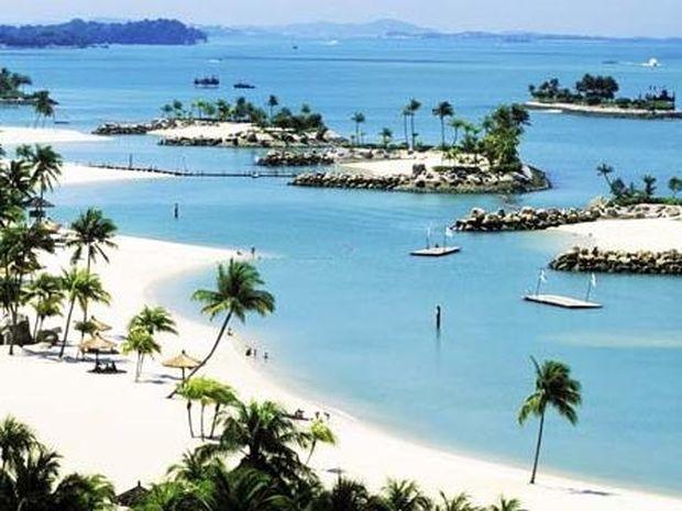 ΔΕΙΤΕ: Το νησί με τις τεχνητές παραλίες!