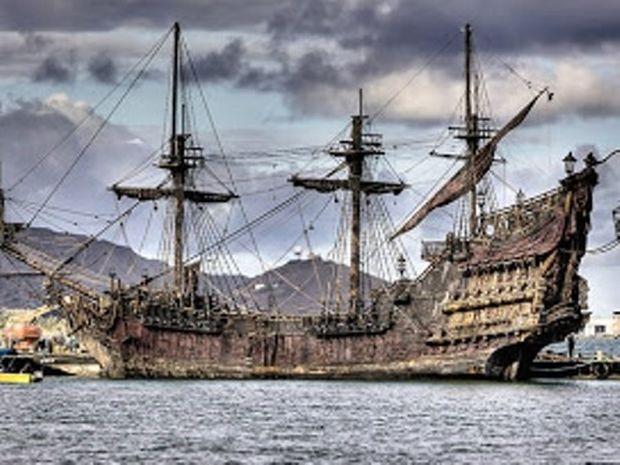 ΔΕΙΤΕ: Βρέθηκε το Queen Anne's Revenge - Το ναυάγιο του πειρατή Μαυρογένη