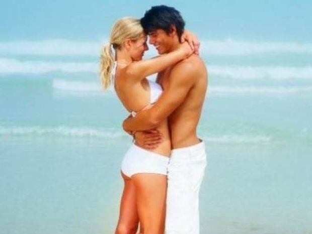 Οι 5 γυναικείες συνήθειες στην παραλία, που μισούν οι άντρες!