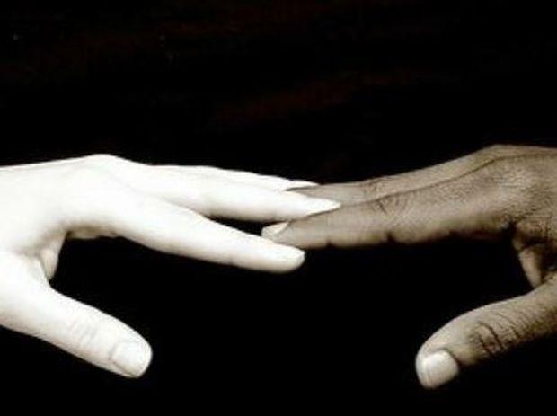 VIDEO: Επειδή ρατσιστές είναι μόνο οι άνθρωποι
