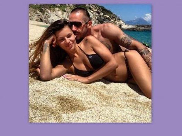 Η Χριστίνα Κολέτσα είναι ξανά ερωτευμένη…. Full!