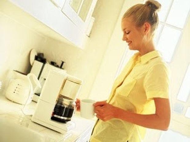 4 απίστευτα πράγματα που μπορείς να κάνεις με μια καφετιέρα!