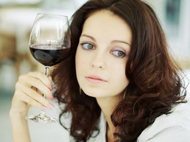 Γερά ποτήρια... οι μορφωμένες γυναίκες