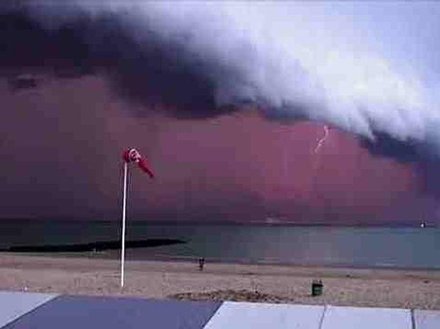 ΕΚΠΛΗΚΤΙΚΟ VIDEO: Λίγο πριν την καταιγίδα