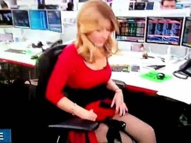 Βίντεο: Η δημοσιογράφος με την σηκωμένη φούστα