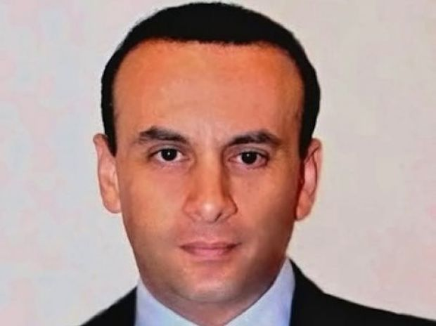 Δρ Άρης Στεροδήμας: Ο μοναδικός Έλληνας εισηγητής στο παγκόσμιο MasterClass Λιπογλυπτικής στη Γενεύη, μιλάει στο Queen.gr!