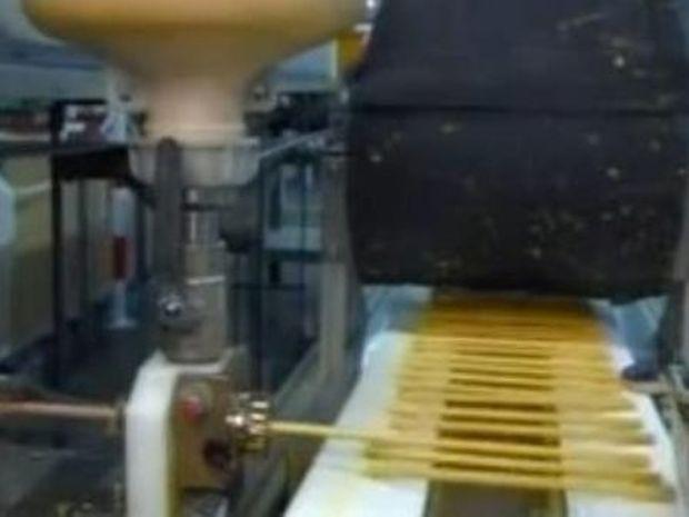 Πώς φτιάχνονται τα μολύβια (video)