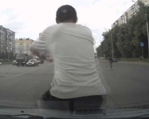 Δείτε τι κάνουν στη Ρωσία για πάρουν τα λεφτά της ασφάλειας!