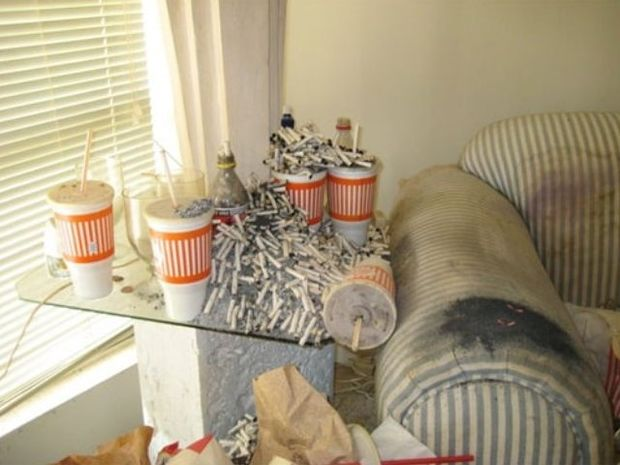 ΔΕΙΤΕ: Νοικιάζεται διαμέρισμα,τρομερή... ευκαιρία(!)