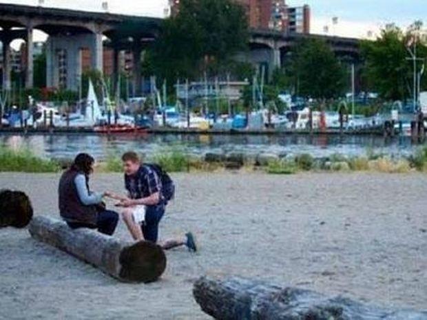 ΔΕΙΤΕ: Η πιο συγκινητική πρόταση γάμου που έχουμε δει!