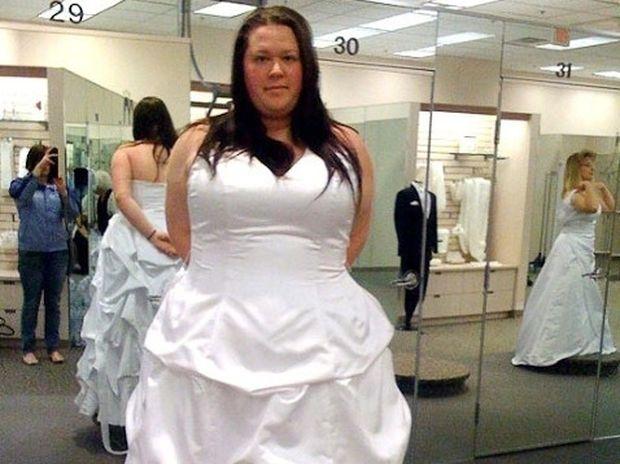 Εντυπωσιακό: Ο αγώνας μιας κοπέλας που έχασε 80 κιλά (pics)