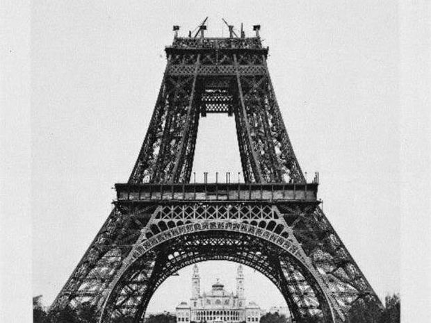 Δείτε πώς χτίστηκε ο Πύργος του Άϊφελ!