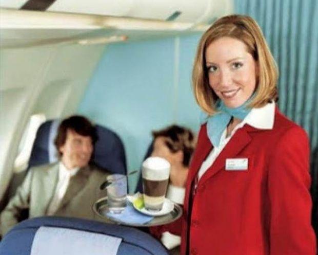 Τα 9 μυστικά που δεν γνωρίζετε για τις αεροσυνοδούς!