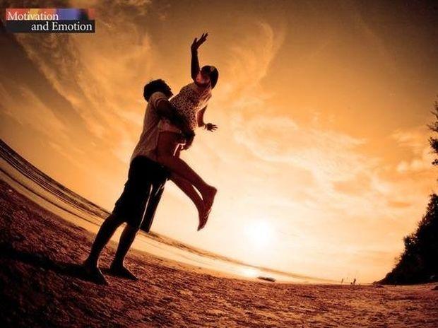 Ο έρωτας είναι αντιπαραγωγικός!