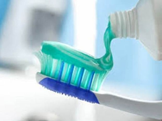 Θα πάθετε πλάκα μόλις διαβάσετε τι περιέχει μια οδοντόκρεμα!
