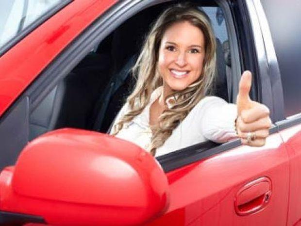 Έξυπνα κόλπα για να καθαρίσετε το αυτοκίνητό σας ανέξοδα