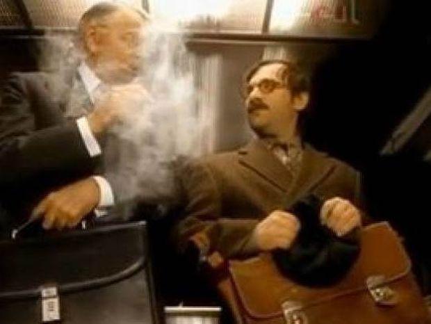 Ξεκαρδιστικό βίντεο: Η εκδίκηση του μη καπνιστή!