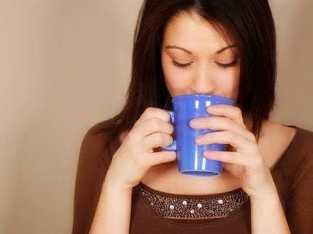 Τρία λάθη που κάνουμε το πρωί και μπλοκάρουν το μεταβολισμό