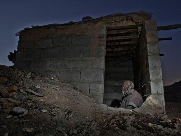 ΔΕΙΤΕ: Ο άντρας που δεν έχει κάνει μπάνιο εδώ και 60 χρόνια
