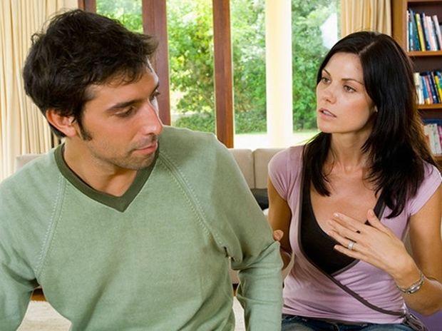 ΑΝΕΚΔΟΤΟ: Η σύζυγος και οι προηγούμενες της σχέσεις