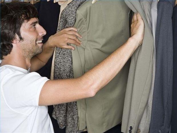 Ψυχολογία: Τι πρέπει να φοράει ένας άνδρας για να αρέσει στις γυναίκες;