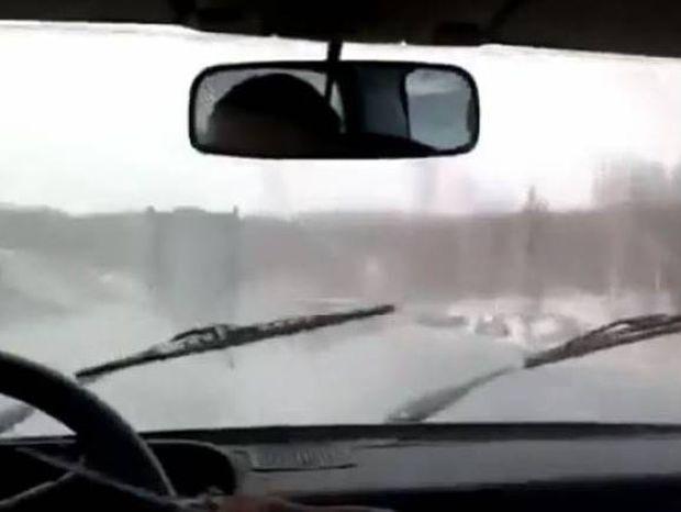 Τι κάνετε όταν χαλάσουν οι υαλοκαθαριστήρες ενώ βρέχει;